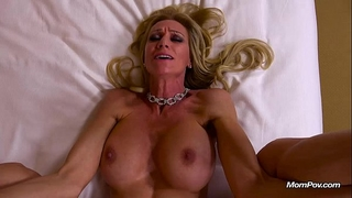 Milf fucked into ass and drinks a glass of cum