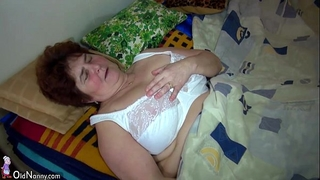 Oldnanny old chunky grandma and cute hotwife use large double dildo