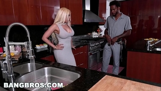 Bangbros - lalin girl with large gazoo, luna star, receives a large dark ramrod (mc15986)