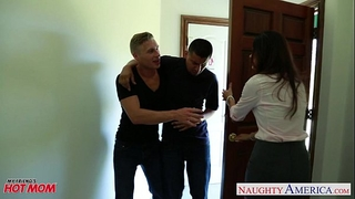 Nasty mama india summer acquires trimmed twat jizzed