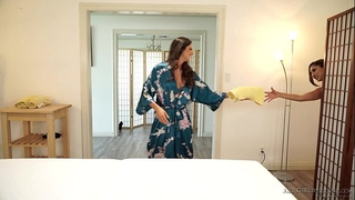 Seducing a married woman in the spa - aspen rae, reena sky