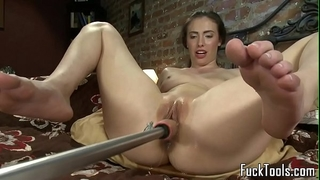 Masturbating non-professional squirts getting toyed